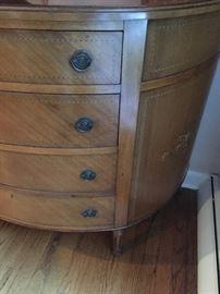 Federalist Bowfront  inlaid dresser