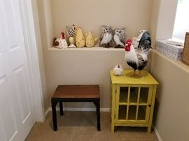 Animals/Cabinet/Side Table