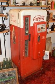 Cavalier Coca Cola Machine