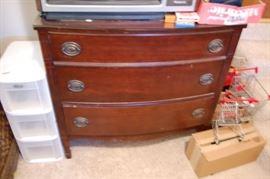 Duncan Phyfe Mahogany Dresser
