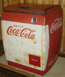 Small 1950's Drink Coca-Cola Country Store Drink Cooler