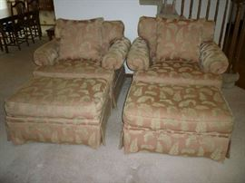 2 MATCHING ARMCHAIRS W/OTTOMANS