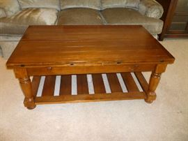WOID COFFEE TABLE WITH FLIP TOP