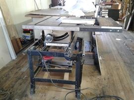 CRAFTSMAN TABLE SAW, EXCELLANT CONDITION AND WORKS