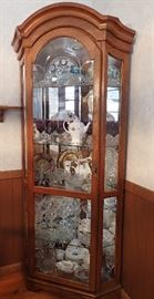 Lovely Oak Corner Curio Lighted With Glass Shelves