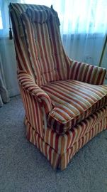 Vintage armchair in velvet