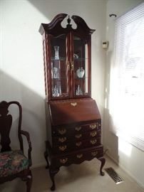 Stunning, Queen Anne Secretary/desk