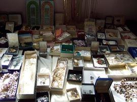 Vintage Jewelry & Avon Jewelry