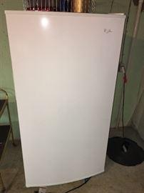 2-3 year old freezer