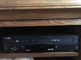 DVD/VHS player in one