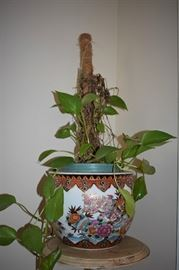 Chinese / Asian motif planter with plant