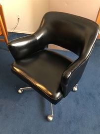 Mid-Century office swivel chair