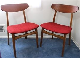 Danish mid-century wood chairs by Arkitekt Kjarnulf, Bruno Hansen Denmark