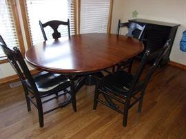 Nichols & Stone kitchen table and 4 chairs