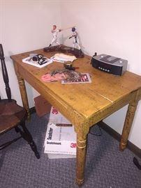 Primitive painter desk/ table