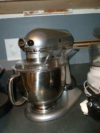 Kitchen Aid Artisan Mixer