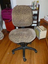 Unique pattern desk chair