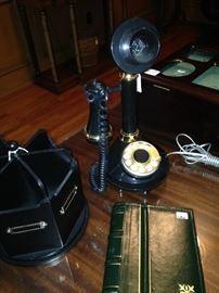Unique telephone