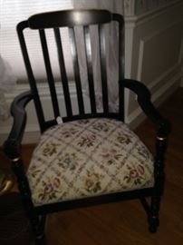 Arm chair has 2 coordinating pieces