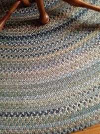 7  1/3 feet round braided rug
