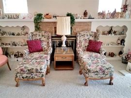 Floral Wingback chair with ottomans. Claw feet! Collectibles