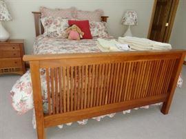 HARDEN Queen size bed