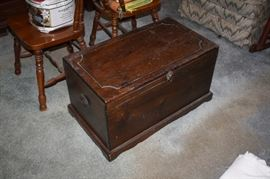 Vintage chest closed