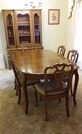 "Thomasville dining table (60"" x 42"" plus three 12"" leaves) & 6 chairs"