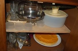 Misc Tupperware and bakeware