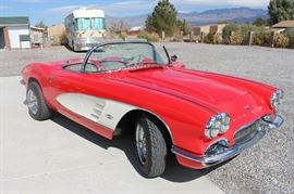 1961 Corvette, fully restored. Brand new engine and transmission. Second owner