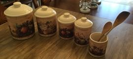 Vintage Pamela Gladding Certified International 5 pc Cannister Set.  No chips, in great condition.
