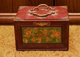Vintage Mah Jong Set (Bone Pieces)