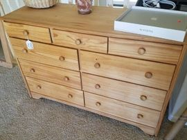 Pine Dresser/Chest of Drawers