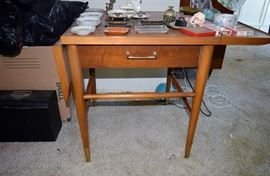 lane mom table