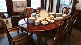 contemporary Queen Anne style dining table with 6 chairs, 2 leaves