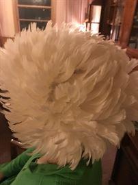 Vintage ladies feather hat!