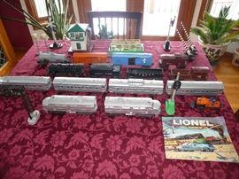 Lionel passenger train set