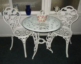 Cast iron patio table & 2 chairs