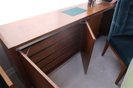 Milo Baughman for Founders ~ Hutch, credenza, table, and 8 chairs.  Amazing set.  Could use in dining room, or office.
