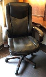 Avis Executive Office Chair Roasted Chestnut