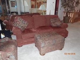 SOFA WITH MATCHING PILLOWS / OTTOMAN AND OVER STUFFED CHAIR IN VERY GOOD CONDITION