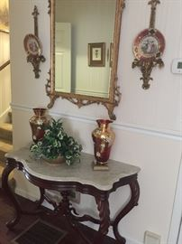 Beautiful antique Hall Table with ornate gilded Mirror and Bohemian Cranberry Lustre Vases!