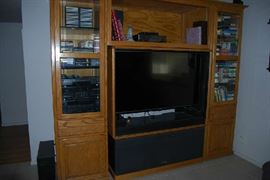 3 PC OAK WALL UNIT, ELECTRONICS, TV NOT AVAILABLE