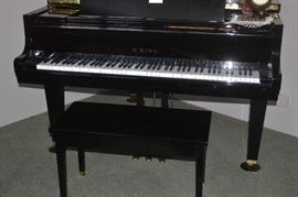 K. KAWAII BABY GRAND PIANO W/BENCH