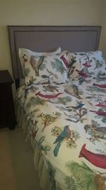 $30   Queen cardinal bedding