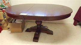 $75  Oval table with extra leaf