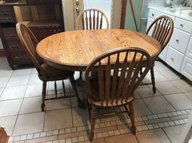 Wood kitchen table and 4 chairs (leaf not pictured)