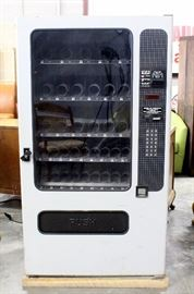 "FSI Model 3076 Electronic Programmable Snack Vending Machine, SN# 78618396029, Includes Key, Powers Up, 37.5""W x 67""H x 31""D"