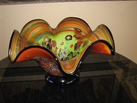 art glass bowl, fluted