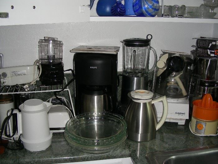 Small appliances, coffee makers, juicers, blender, grinders, Cuisinarts (2)
